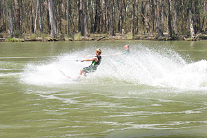 Ski on the might Murray River